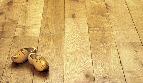 Lak na dřevěnou podlahu