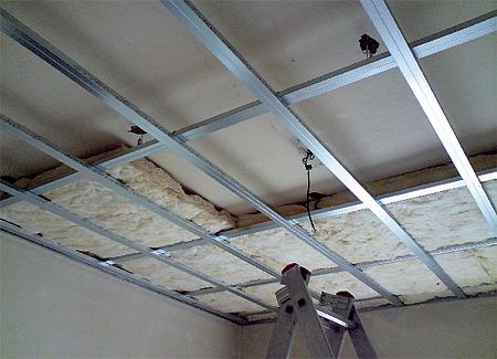 Odhlučnění stropu sádrokartonem