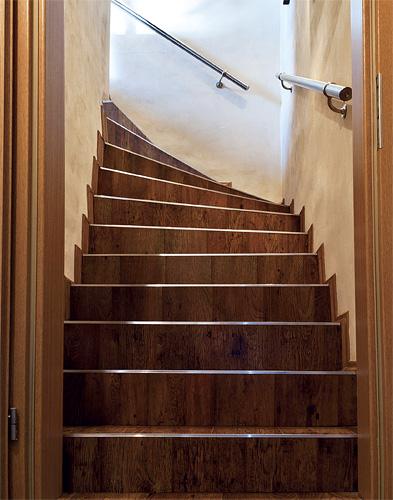 Jak obložit schody plovoucí podlahou