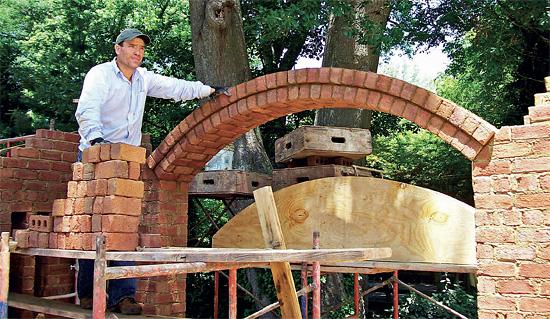 Jak postavit zeď ze starých cihel