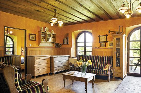 Obložení stěn v interiéru