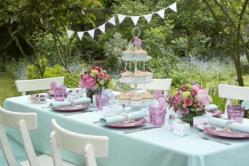 U ijte si zahradn p rty chata chalup - Gartenparty dekoration ...